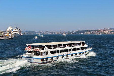 Disfrutar del mar en ferry